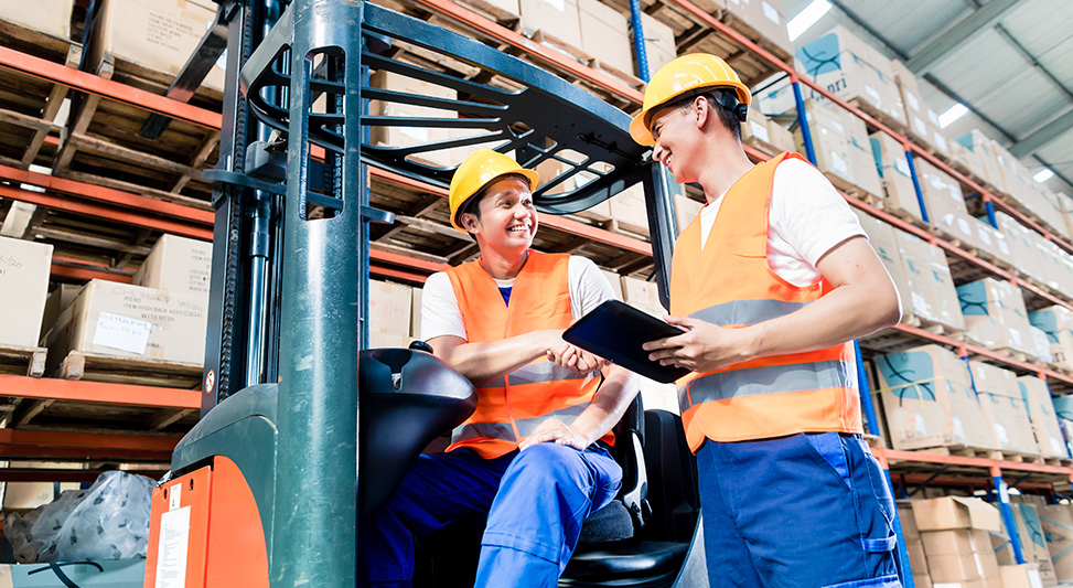 2019_06_How_To_Effectively_Hire_Work_Temporary_Warehouse_Employees_Blog_Body