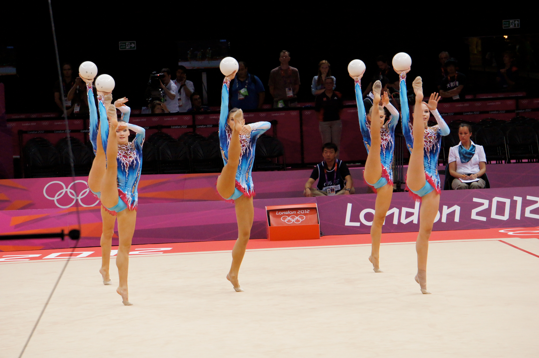 Belarus_Rhythmic_gymnastics_team_2012_Summer_Olympics_03.jpg