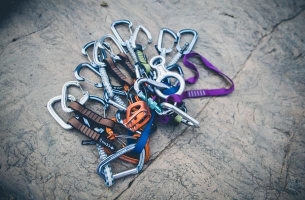 Climbing_clip_web