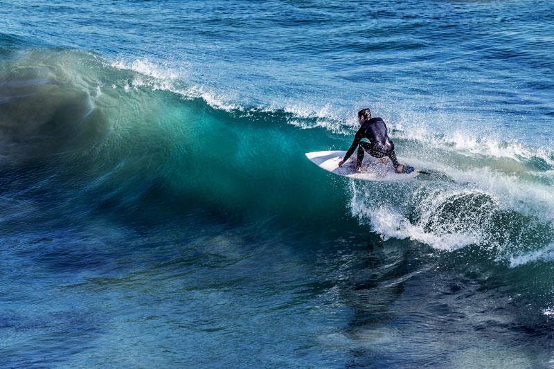 surfer_web.jpg